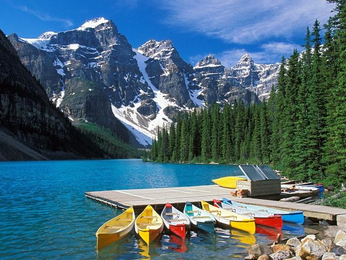 TravelPass.gr - Η μαγευτική λίμνη Moraine με τα κρυστάλλινα νερά