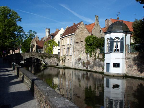 Perierga.gr - Μπρυζ: Μια γοητευτική μεσαιωνική έκπληξη