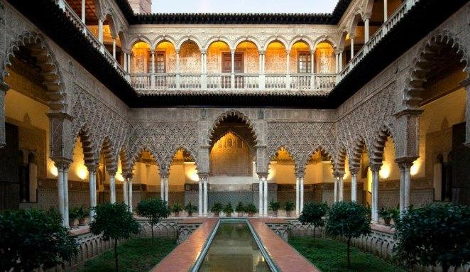 Travelpass.gr - Αλκάθαρ: Το βασιλικό παλάτι της Σεβίλης