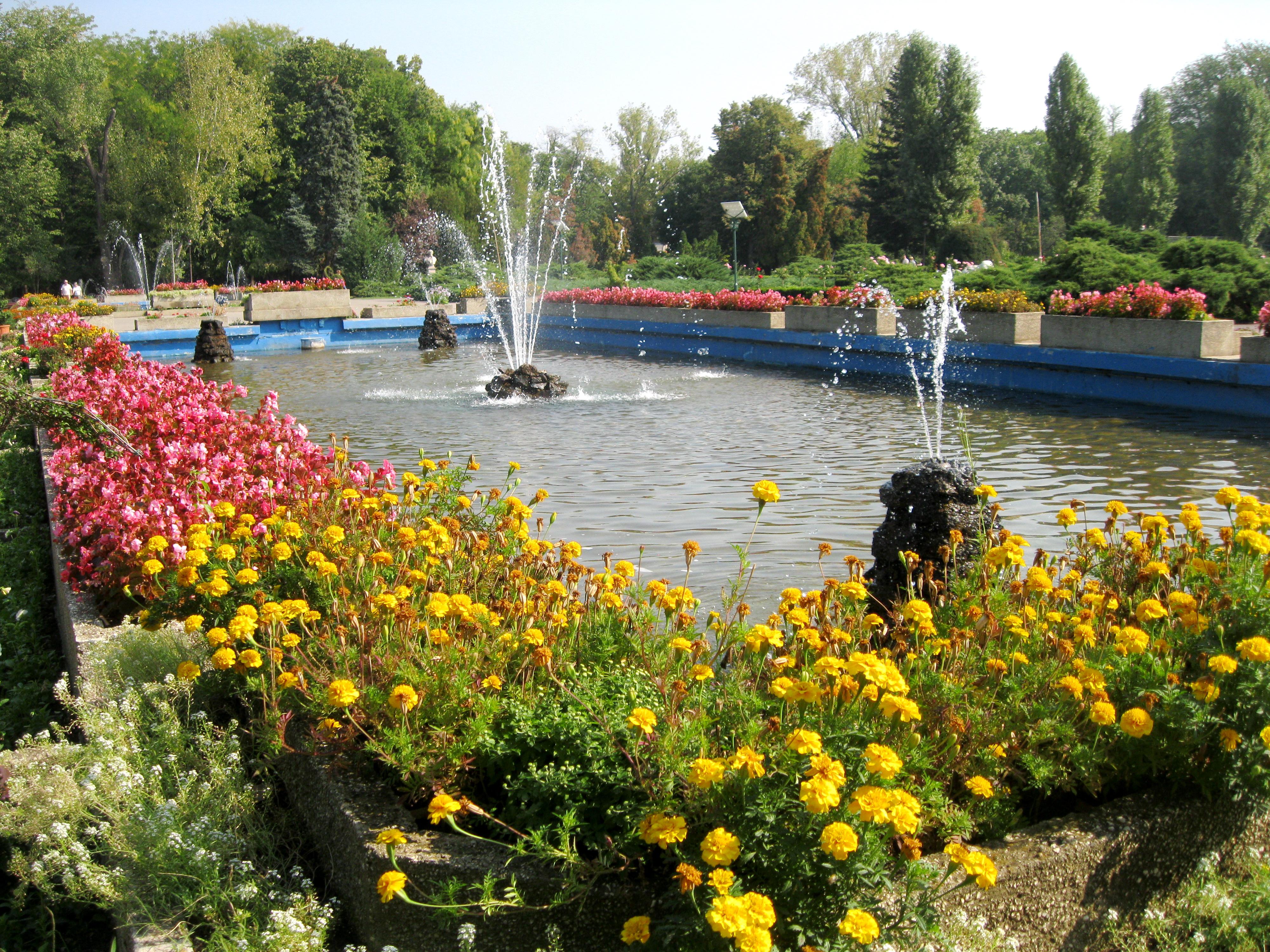 Travelpass.gr - Πάρκο Χεραστράου: Μια τεράστια «πράσινη» όαση στο Βουκουρέστι