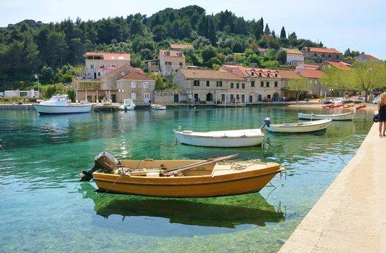 Travelpass.gr - Νήσος Κολοτσέπ: Το ηλιόλουστο νησί της Κροατίας