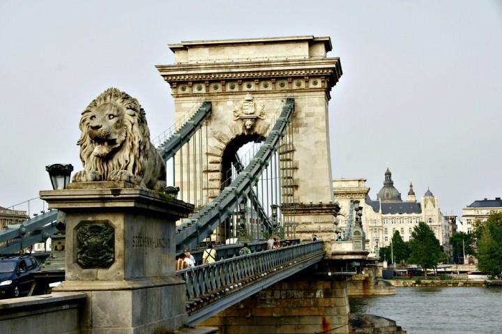 Travelpass.gr - Αλυσιδωτή Γέφυρα: Το κόσμημα της Βουδαπέστης