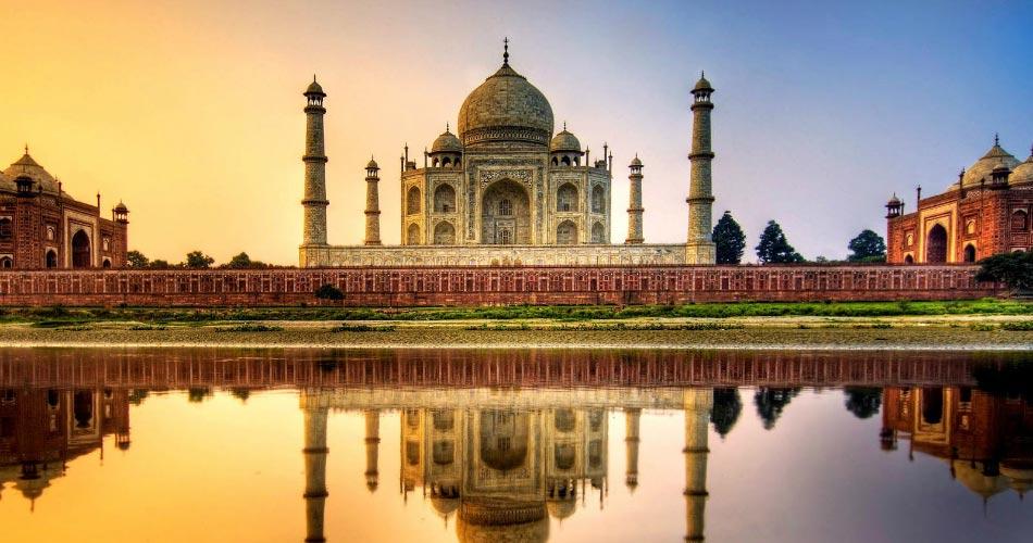 """Ταζ Μαχάλ: Το """"όγδοο θαύμα"""" του κόσμου"""