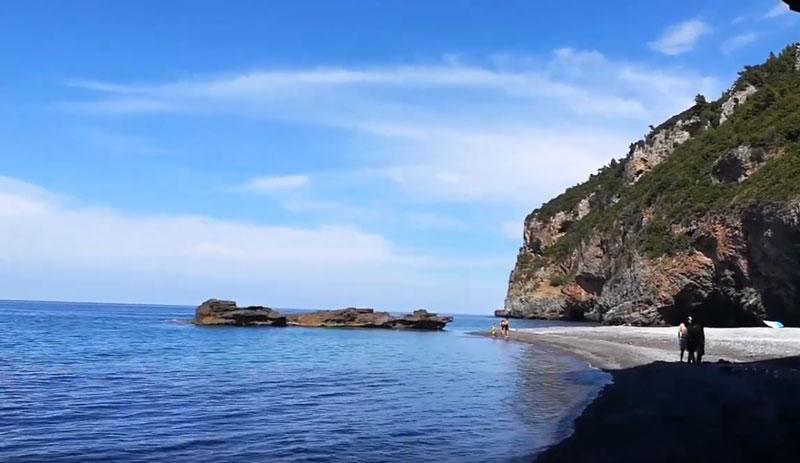 TravelPass.gr - Οι 10 καλύτερες παραλίες της Εύβοιας